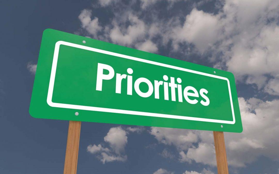 Priorities between Arbitration and Litigation